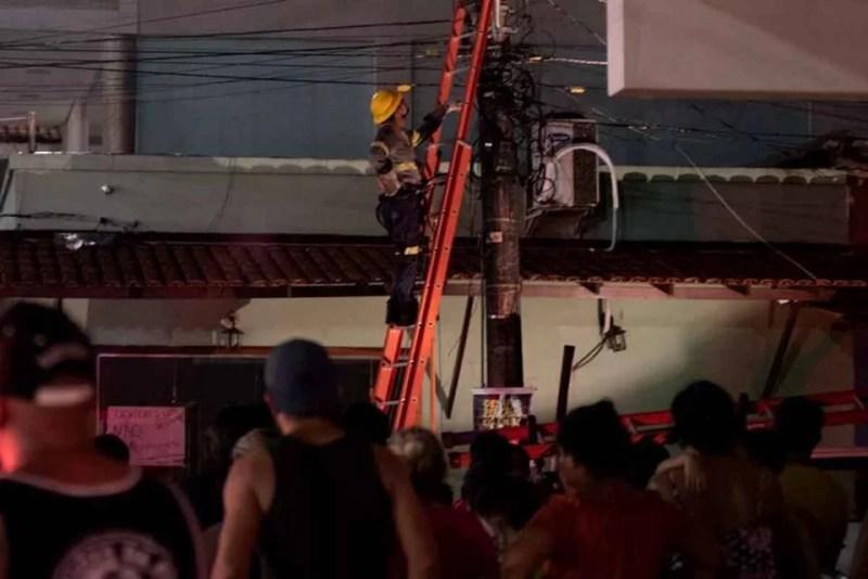 Moradores dos bairro Macapaba (Amapá) sofrem com a falta de luz e água a 4 dias, população reclama que cortes no abastecimento de água é rotineiro