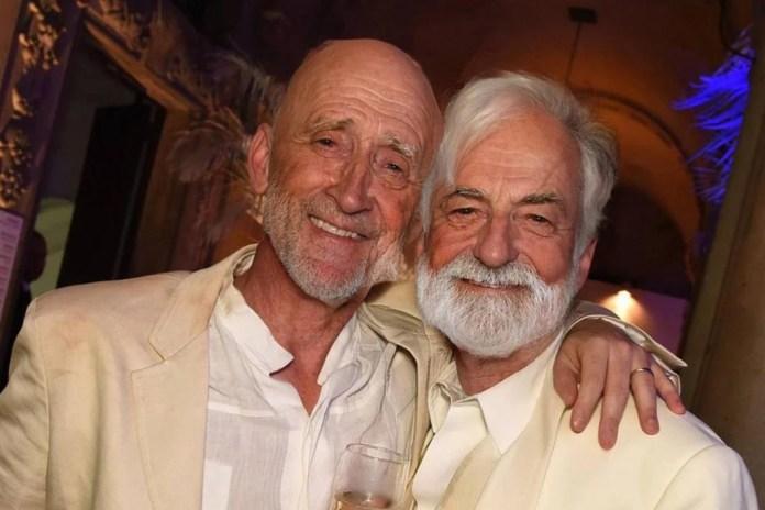 Paulo Gustavo and Thales Bretas old men