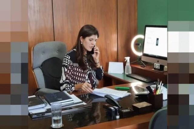 Advogada Thaís Riedel