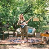 Ruth Mac's 'Living Room' video is a celebration of friendship and home