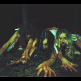 M(h)aol's video for 'No One Ever Talks To Us' is inspired by the portrayal of women in horror movies