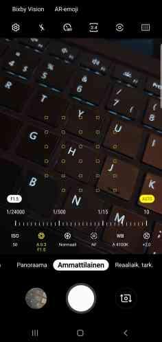 Screenshot_20190329-211420_Camera