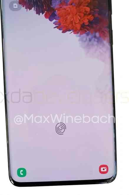 Galaxy S20+ -puhelimen sormenjälkilukija / Kuva: XDA Developers