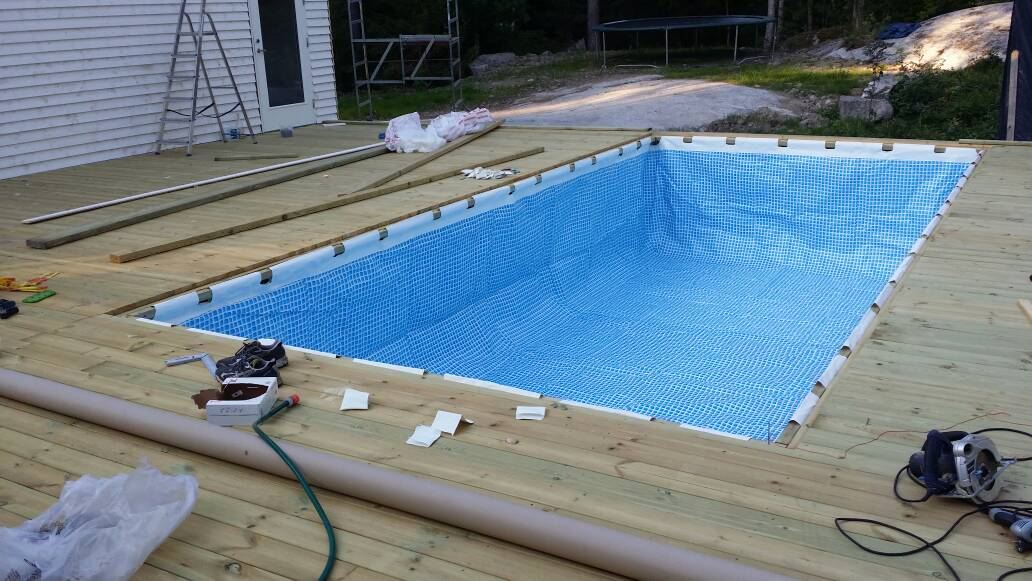 Above Ground Pool Deck Around It