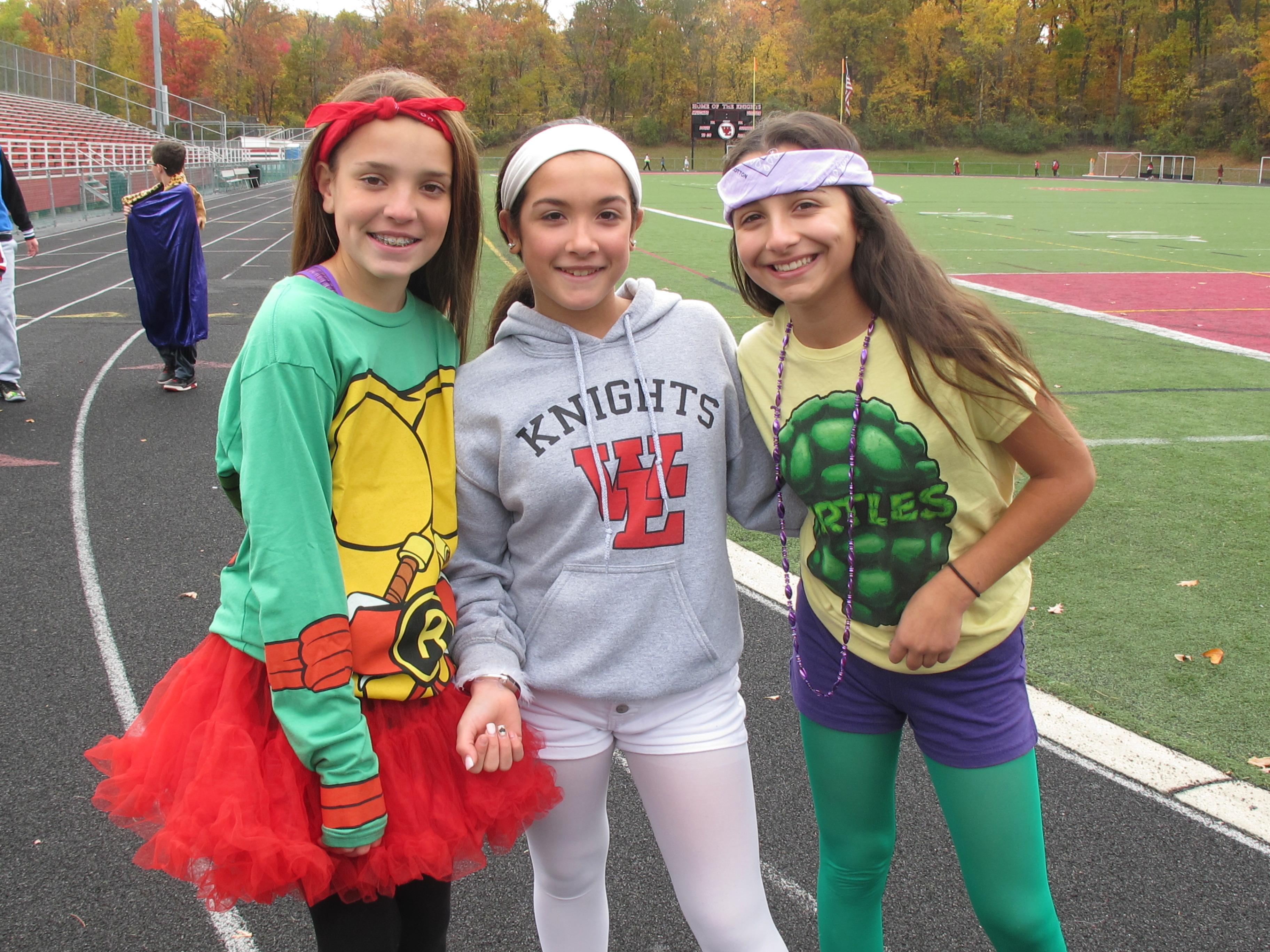 Wems Students Raise Over 2 000 In Halloween Walkathon