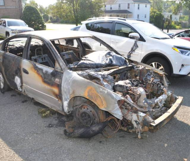 Driver Turns Himself In After Fleeing Early Morning Crash On Route 22
