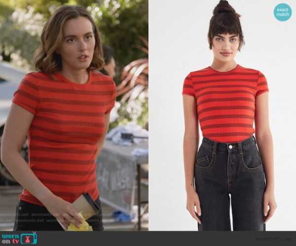 WornOnTV: Angie's red striped top on Single Parents ...