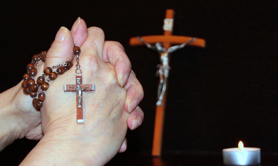 pray-1218499_960_720