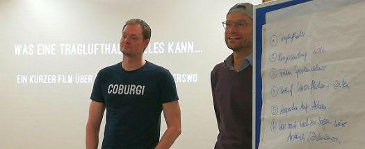 Alexander Bergenthal (l.) und Marius Stelzer sind die führenden Köpfe der Facebook-Gruppe Freibad Coburg Fans.