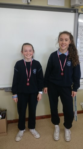 Congratulations to Lily and Penny on winning bronze in the U-14 cross country county finals that took place in Conna. Fair play girls!