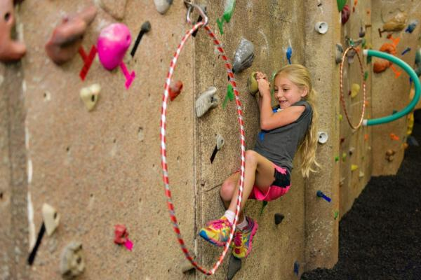 youth rock climbing activity upper limits downtown st. louis indoor rock climbing gym