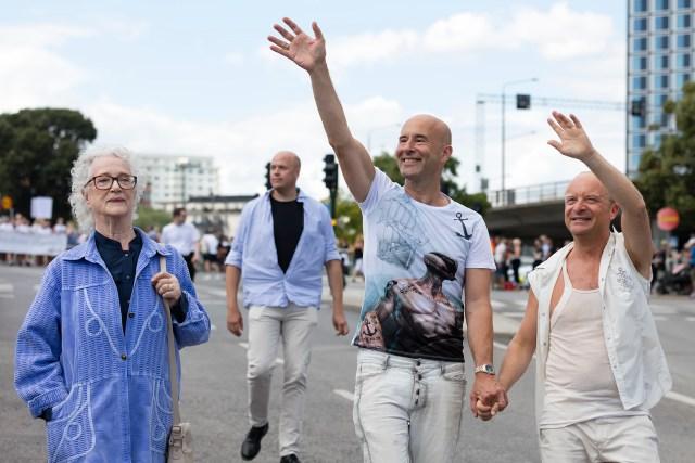 Mark Levengood och Jonas Gardell under Stockholm Pride Fotograf Sebastian Lindberg UppsalaBilder.se