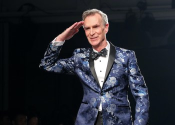 Bill Nye The Science Guy Unloads On People Who Dont Wear Masks In Public