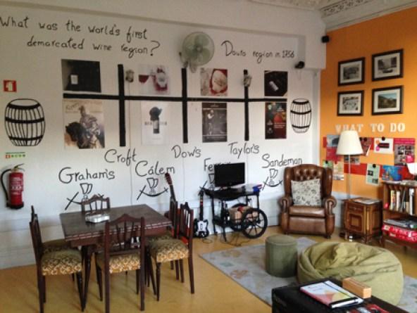 salon-wine-hostel (1).jpg