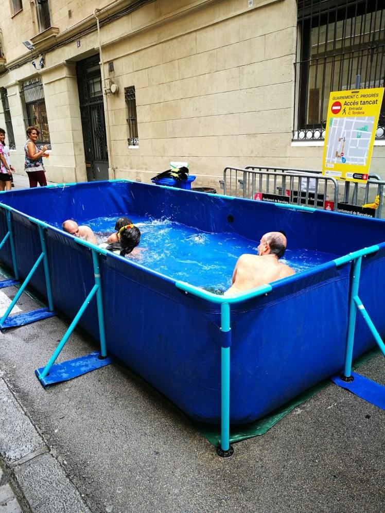Fiesta de Gracia Barcelona - pop up pools