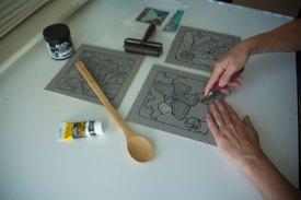 2015-10-12-Anita's-hands-carving---BEST