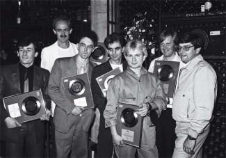 burgess-centre-white-t-shirt-at-a-1981-disc-presentation-photo_richard-young_rex