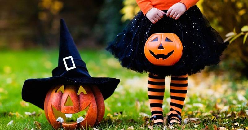 Outubro é mês de Halloween!