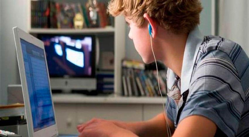 Porque não controlo os meus filhos on-line