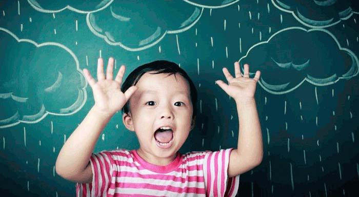 Atividades para fazer em casa com os miúdos num dia de chuva