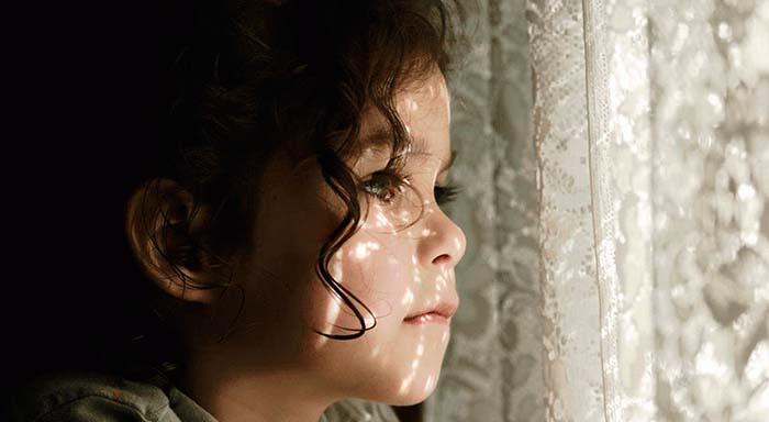 Por trás de cada criança difícil há uma emoção que esta não sabe expressar