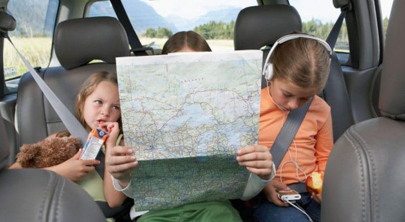 viajar sozinha com miúdos