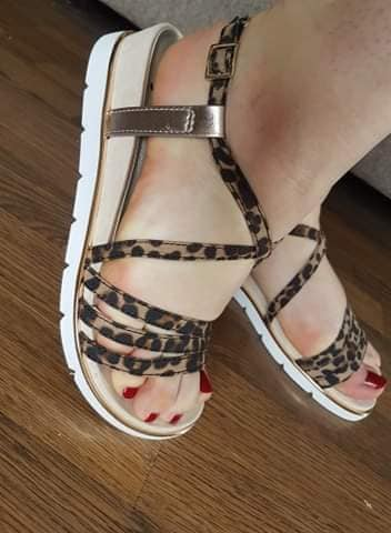 Leopard print strappy sandals