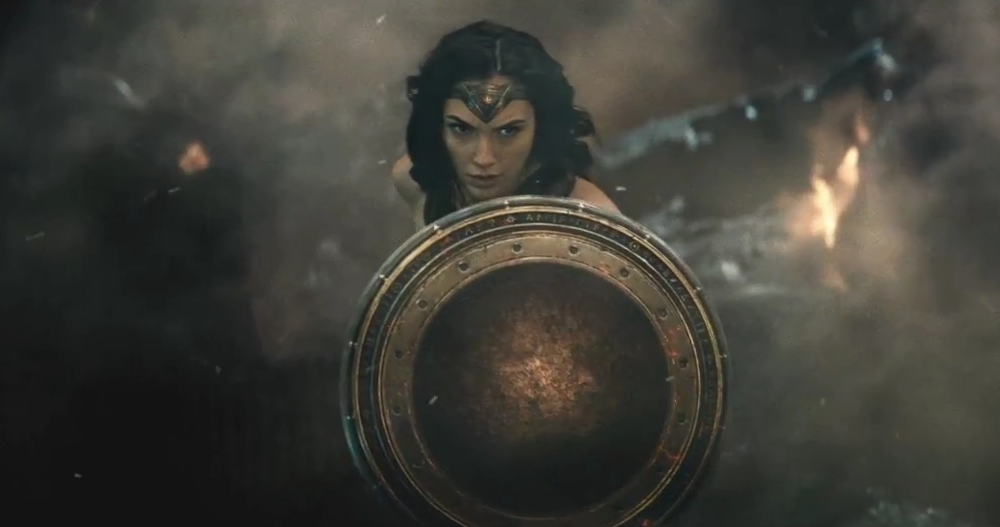 wonder-woman-gal-gadot-vs-doomsday-in-batman-v-superman-dawn-of-justice