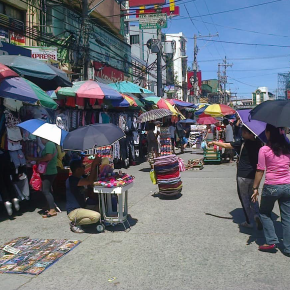 New Conversation article on street vendors' self-help strategies in Manila, by Redento Recio