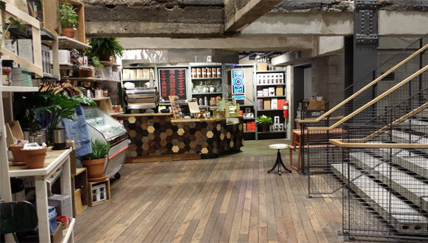 Blog_Coffee_Tea_or_a_T_Shirt_New_York_Specialty_Retailers_Woo_Customers_With_Coffee_Shops