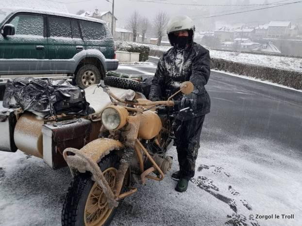 BMW type Russie à Polminhac