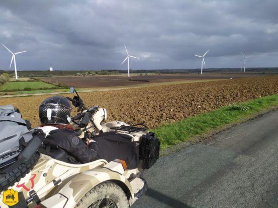 Petite route de campagne en Vendée - Uralistan