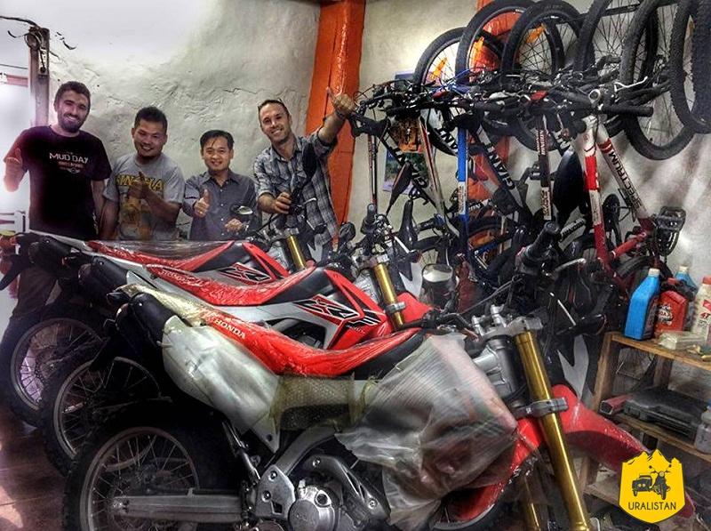 Off road Laos adventures, agence de tours moto au Laos