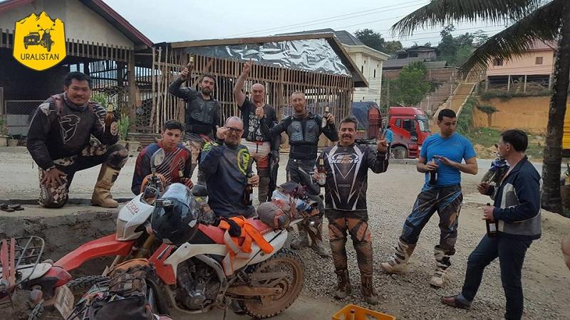 Accompagnement d'un circuit moto au Nord du Laos, Off Road Laos adventures
