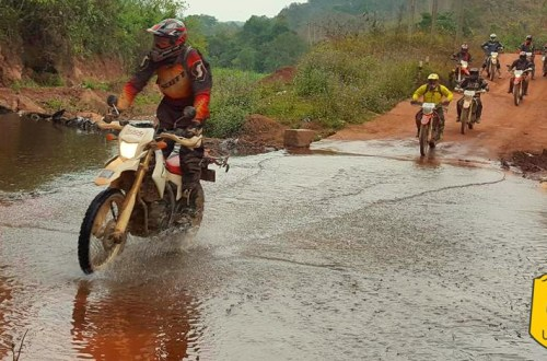 Raid moto au Laos, off road