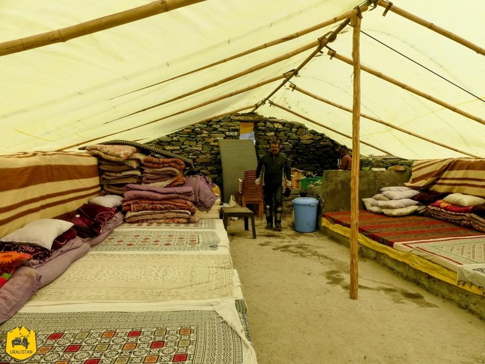 Maison temporaire locale - Voyage moto dans l'Himalaya; le Ladakh en Royal Enfield - Uralistan