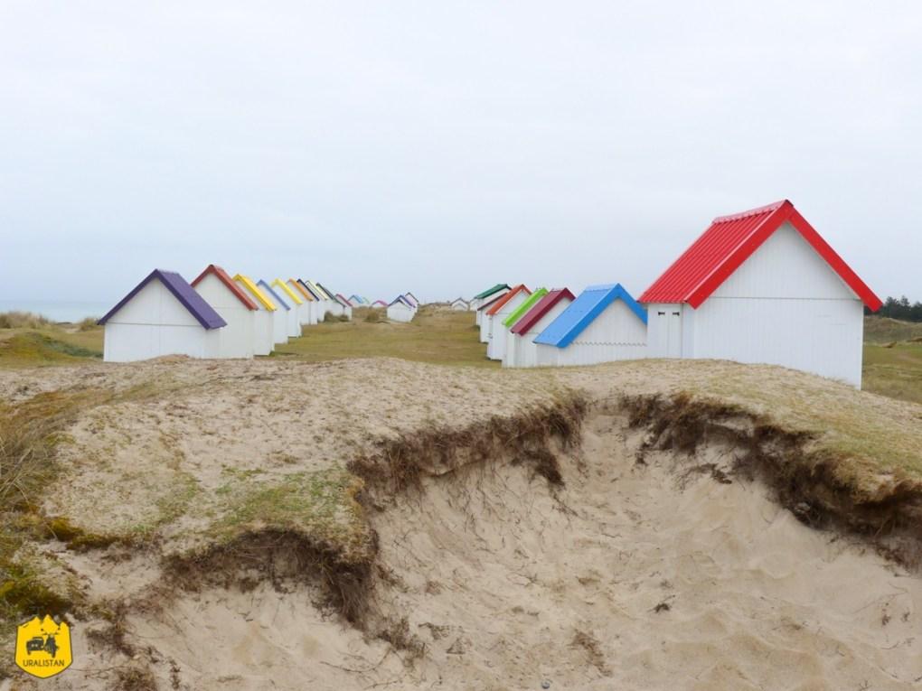 """Cabanes de Gouville sur mer, """"Cotentour"""", Road trip en Normandie - URALISTAN"""
