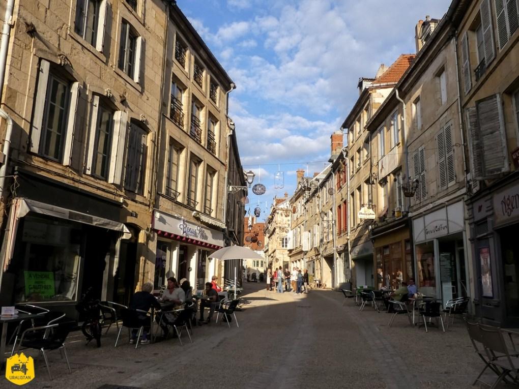 Langres - Voyage moto en Haute-Marne - URALISTAN