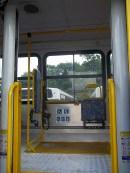 A plataforma elevatória Irmãos Rezende equipa praticamente todos os veículos da adaptados da empresa.