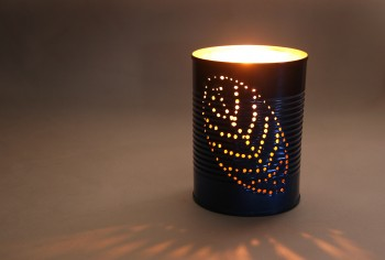 Top-10-DIY-Garden-Lantern-Projects3-350x236