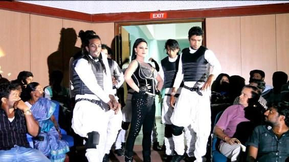 Veena Malik as Silk Smitha8