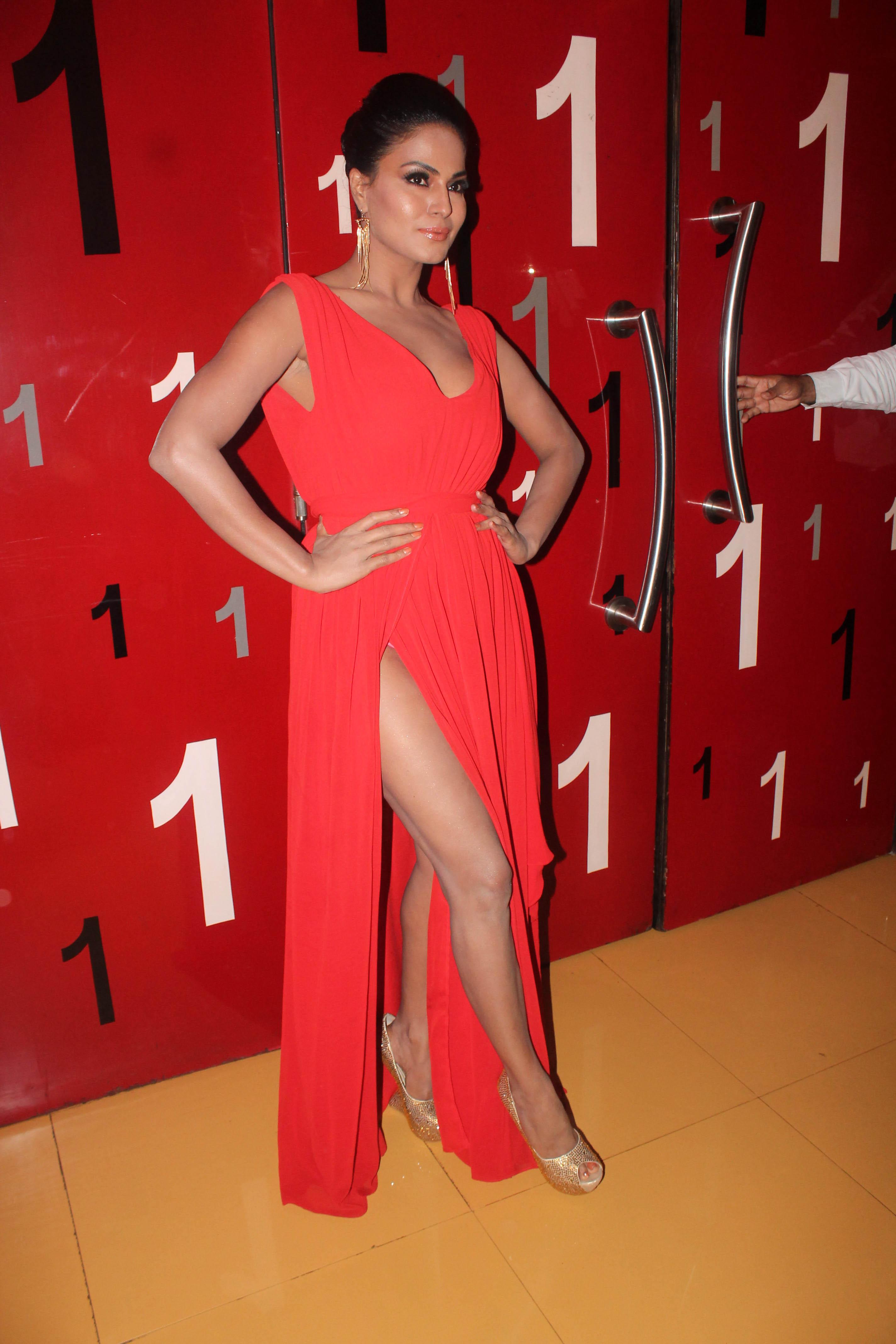 Veena Malik At First Look Of Supermodel