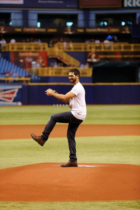 shahid kapoor baseball 2