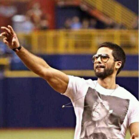 shahid kapoor baseball