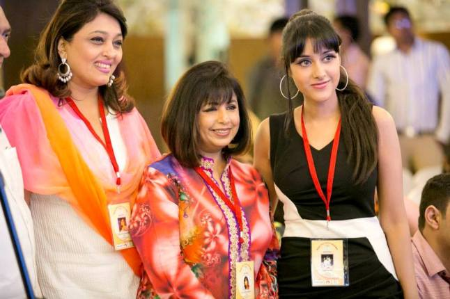 Sagarika with other honorees