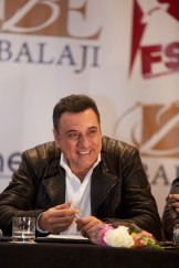 BOMAN IRANI AT THE PRESS CONFERENCE OF SLAM THE TOUR IN HOUSTON