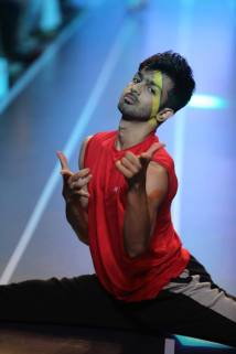 Sandip Soparrkar troups performing at Myntra fashion show4