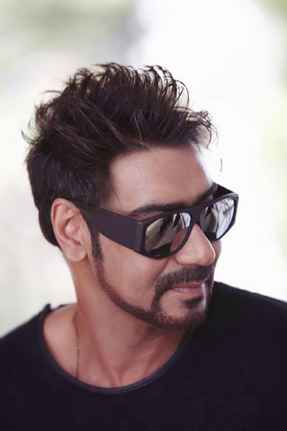 Ajay Devgn - Look 3 Criminally Good