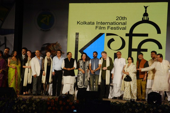 GUEST OF HONOUR DIRECTOR FARAH KHAN AT THE CLOSING CEREMONY OF KIFF (4)