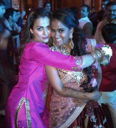 Salman-Khan-Sister-Arpita-Khan-Wedding-Photos-00125
